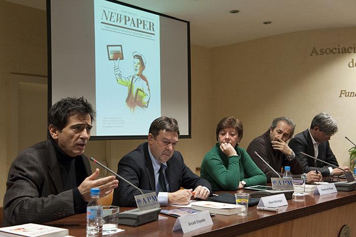 De izqda. a dcha., Arcadi Espada, Albert Montagut, Carmen del Riego, Gumersindo Lafuente y Roger Domingo. Fotos: Pablo Vázquez/APM.