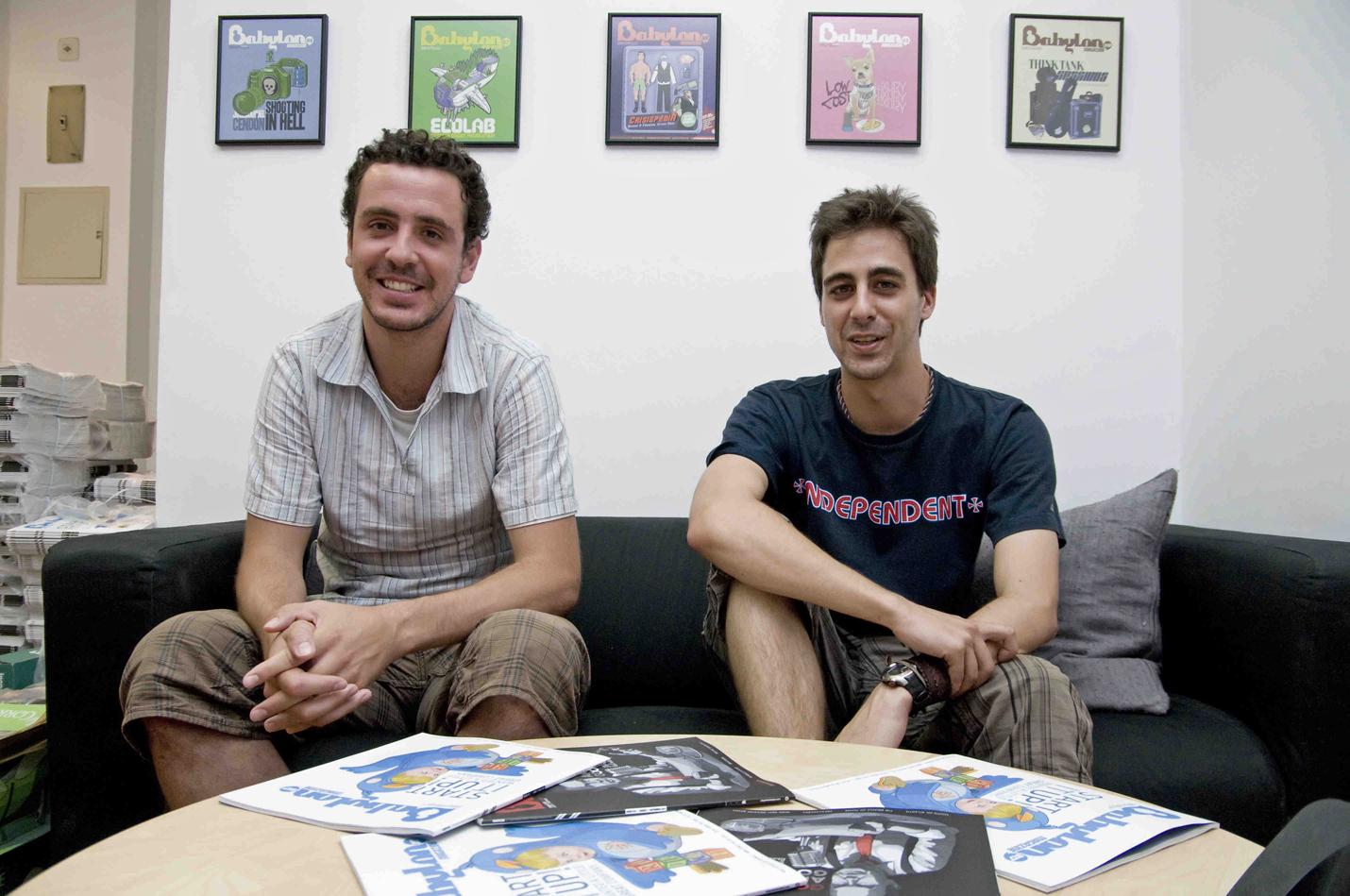 Juan Calleja (izq.) y David Pérez, dos de los creadores de 'Babylon'. Foto: Elena Hidalgo/APM.