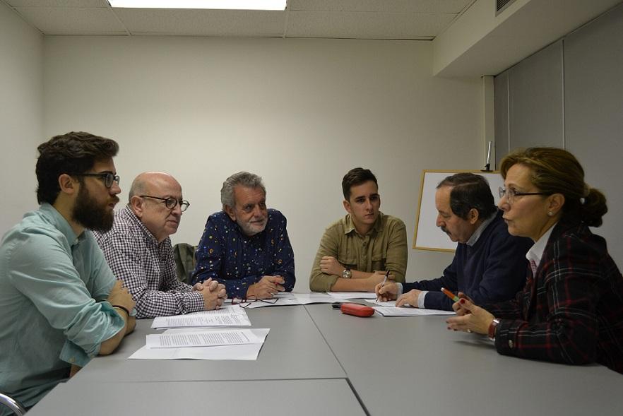 Se constituye una plataforma en defensa de unas prácticas dignas para los estudiantes de Periodismo