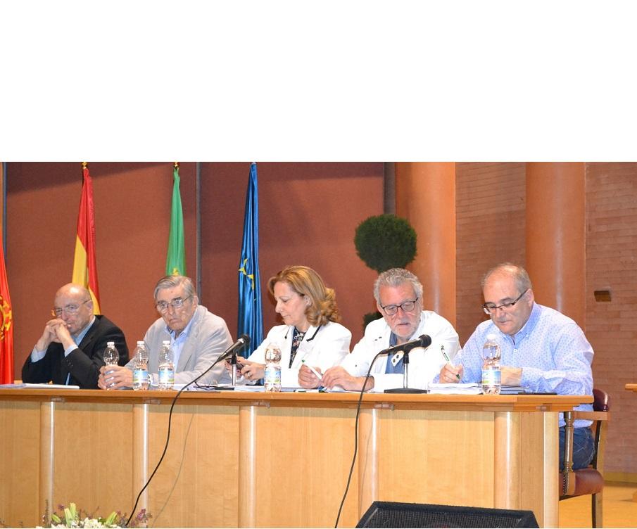 La APM denuncia presiones de los poderes en la asamblea de la FAPE