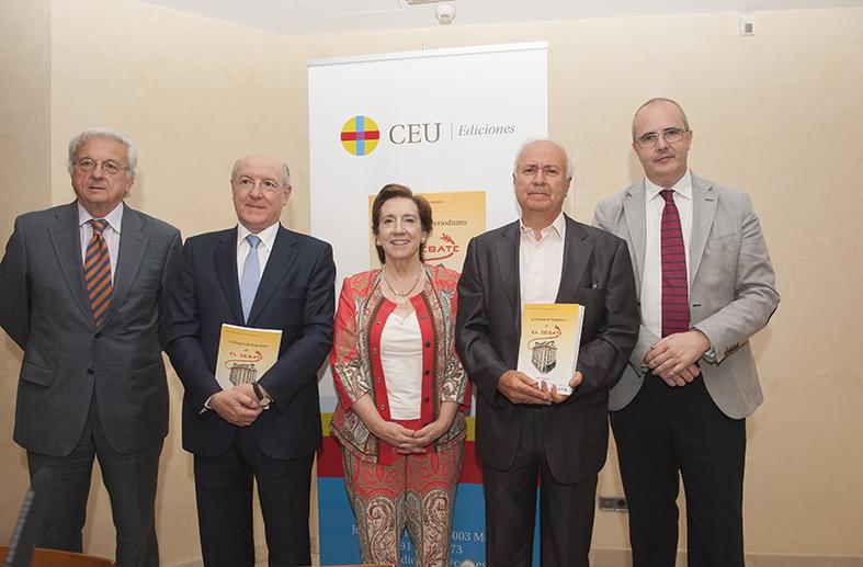 Presentado un libro que explica los primeros pasos en la formación de periodistas en España