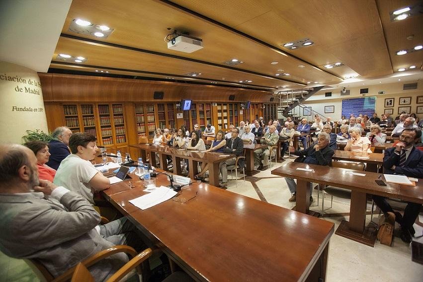 La APM rinde homenaje al periodista Bernardino M. Hernando