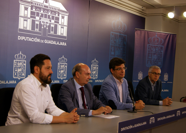 Presentado el VII Premio Internacional de Periodismo 'Cátedra Manu Leguineche'