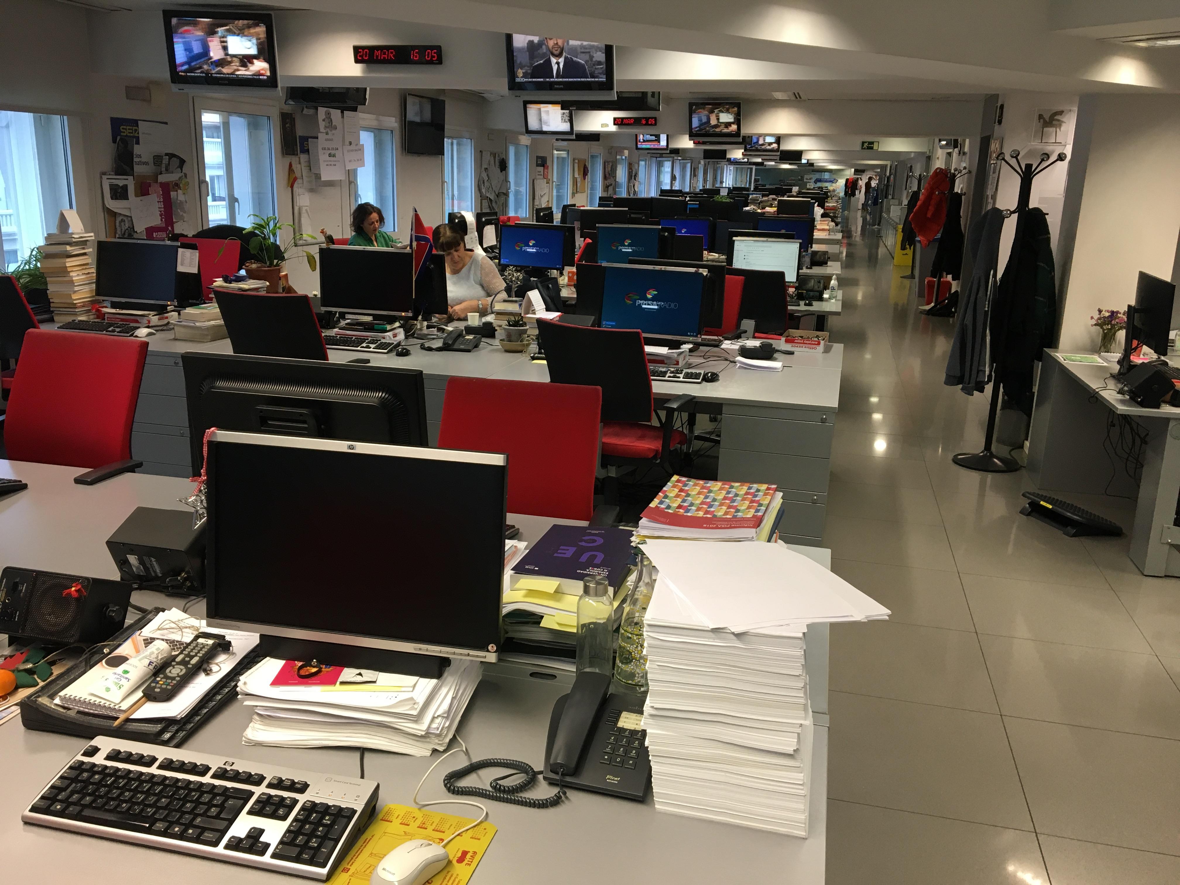 Resultado de imagen de periodismo servicio esencial