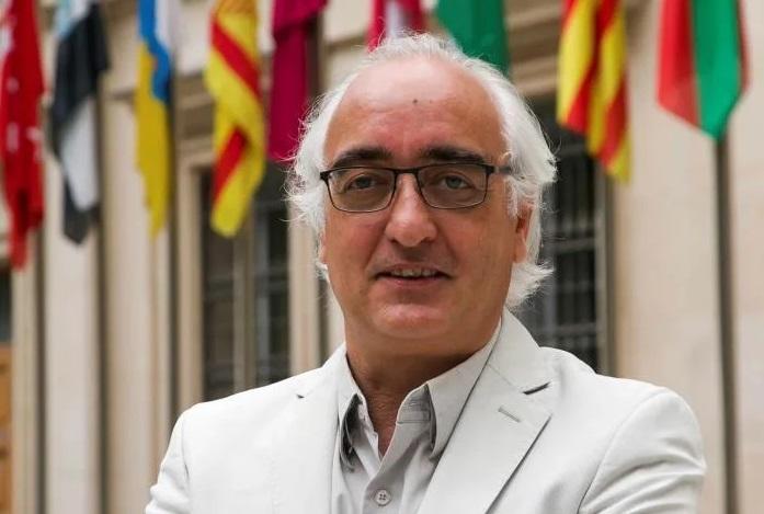 El periodista de Efe Antonio del Rey, premio 'Luis Carandell' del Senado